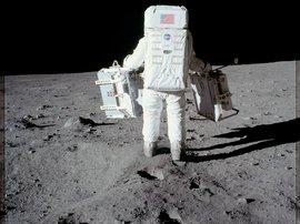 4 Apollo 11