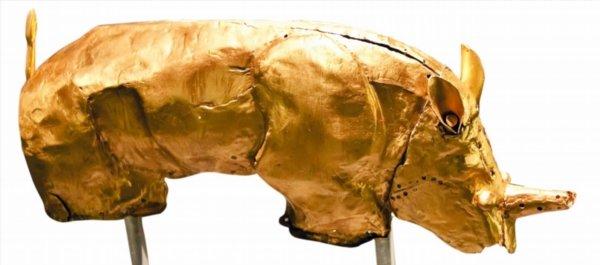 Culture war over S.A. golden rhino figurine