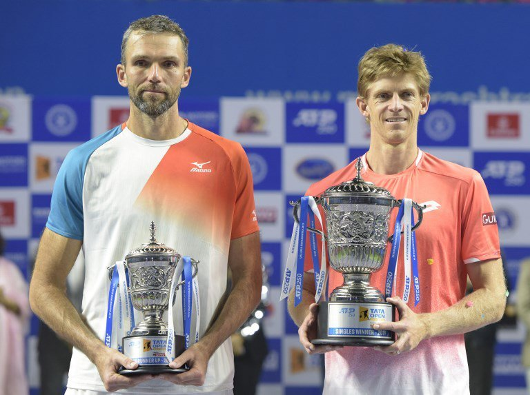 Anderson takes Pune title in battle of giants; Nishikori in Brisbane final