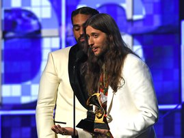 """Ludwig Göransson accepts the award for Childish Gambino for Record Of The Year with """"This Is America"""" during the 61st Annual Grammy Awards on February 10, 2019, in Los Angeles / Robyn Beck / AFP"""