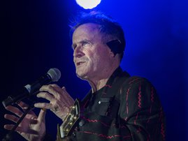 Johnny Clegg performs at Grandwest Arena - RODGER BOSCH / AFP