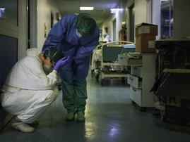 coronavirus doctor nurse generic