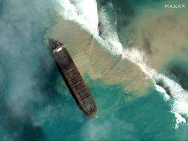 Mauritius oil spill - AFP