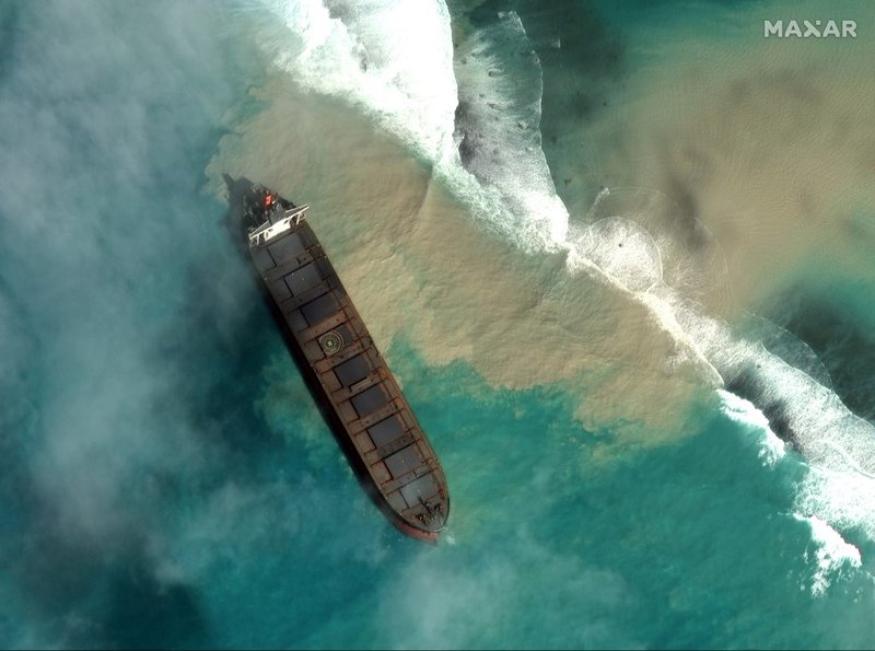 Mauritius oil spill - AFP
