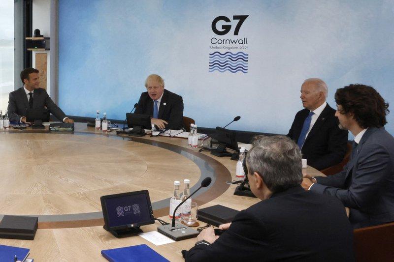 G7 leaders at 2021 Summit