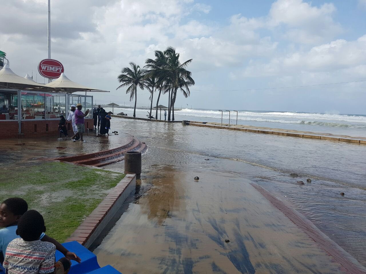 Durban beach closed