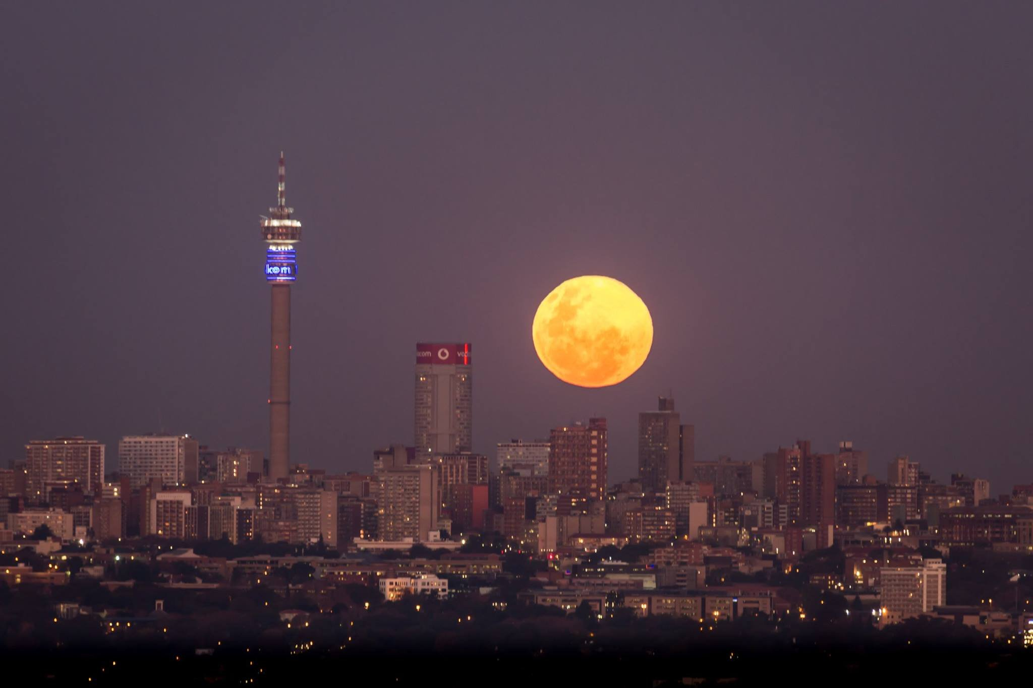 Johannesburg skyline picture is taking over social media moon thecheapjerseys Images