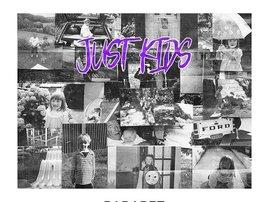 Parapet Just Kids