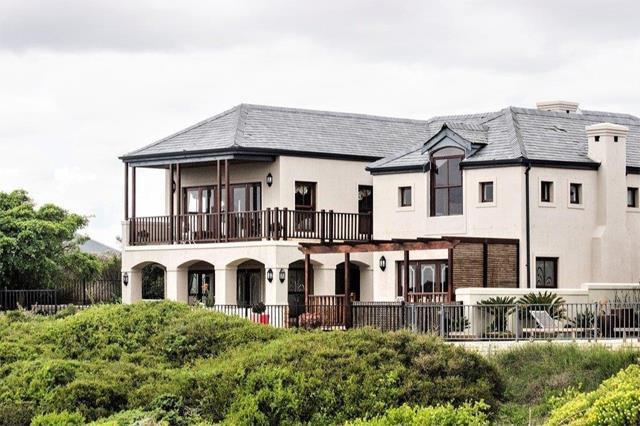 Prestigious Atlantic Beach address for R18 million