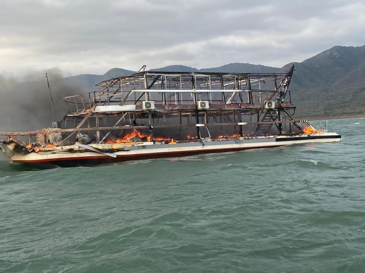 Two killed in luxury cruise blaze on Jozini Dam