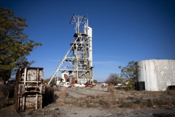 Amplats uses smelter waste for heat