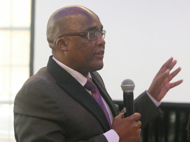 Aaron Motsoaledi