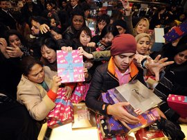 Christmas shopping mad rush