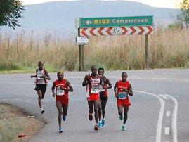 Comrades_runners_road_12_gallo_EsmmeIx.jpg