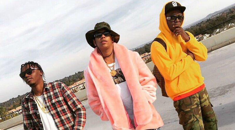 DJ Switch Da L.E.S Yanga '4 Ways' video