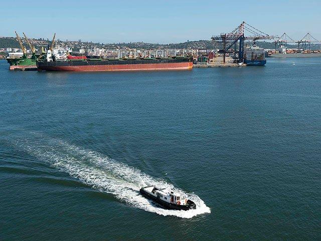 Durban_Harbour2_Office_of_KZN_Premier.jpg