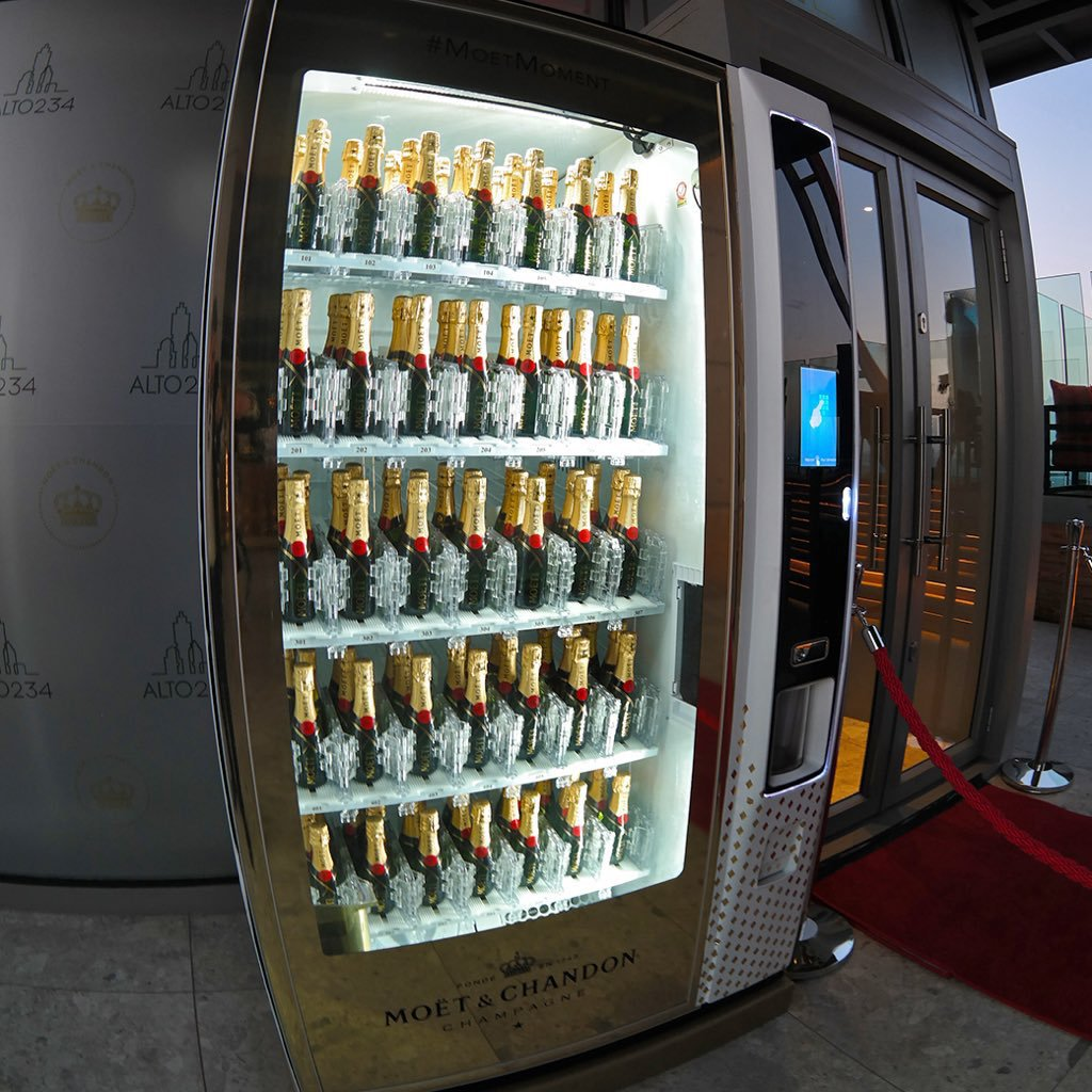 SEE: Africa's highest bar is in SA and it even has a champagne vending machine