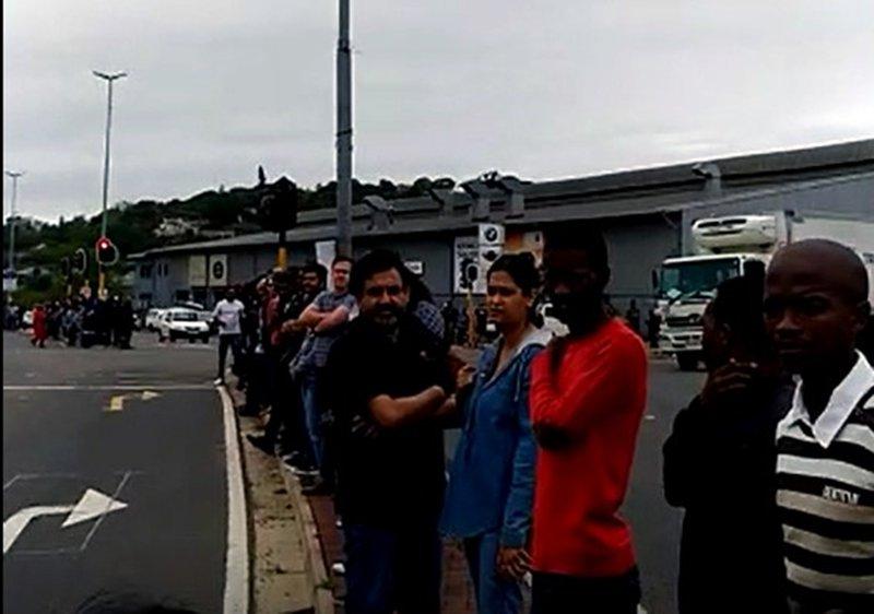 Queen Nandi Drive bok tour