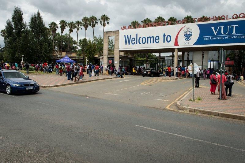 vut students to continue protest action  while lectures