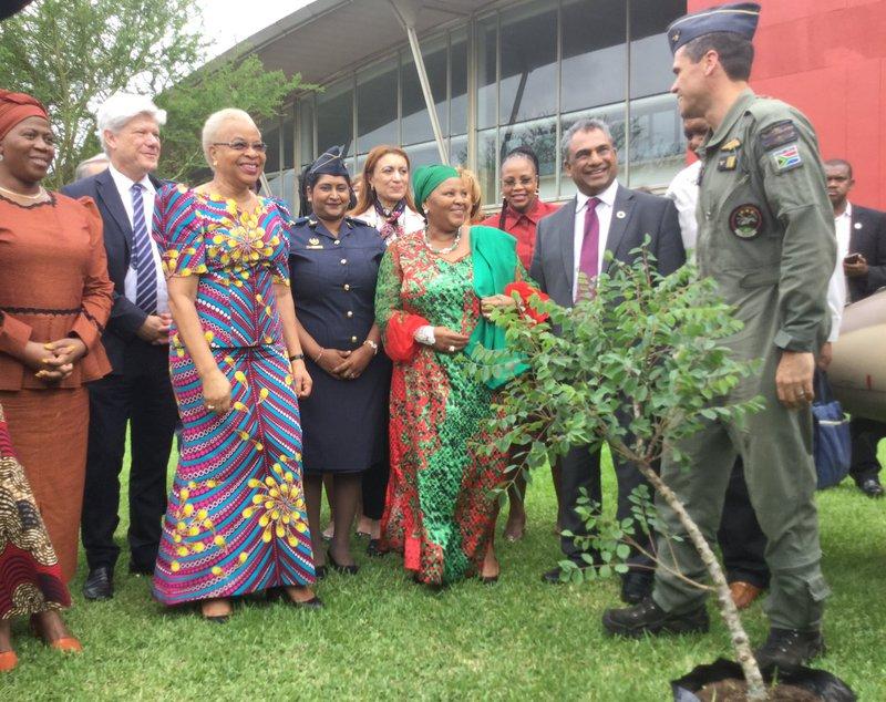 Minister Nosiviwe Marisa-Nqakula alongside Global Peace Chair Graca Machel and international delegates