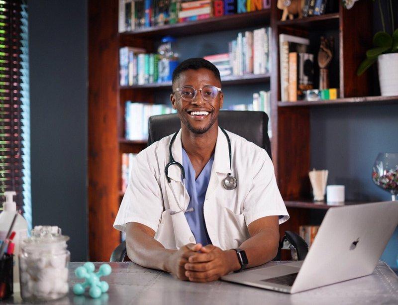 Dr Fezile Mkhize