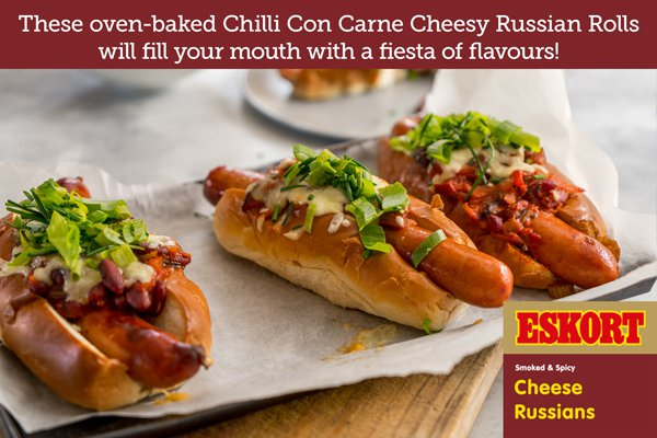 Oven-Baked Cheesy Russian Roll with Chilli Con Carne
