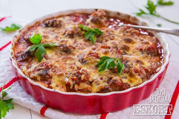 Frikkadel & Tomato Sauce Bake