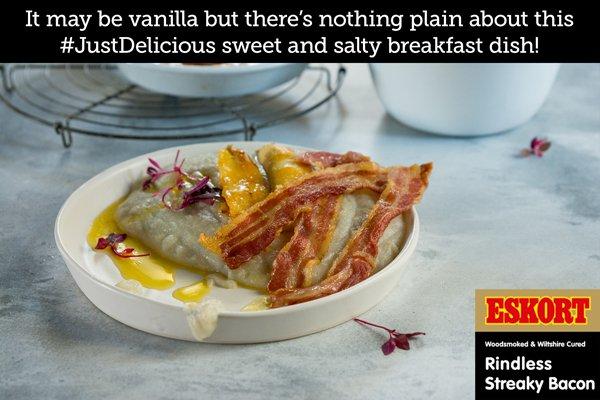 Sweet Vanilla Porridge with Streaky Bacon & Caramelised Bananas