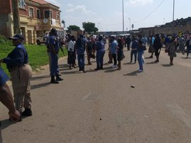 Rubber bullets fly as Soweto pastor, churchgoers attack metro cops