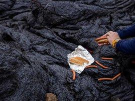 Hot dogs lava