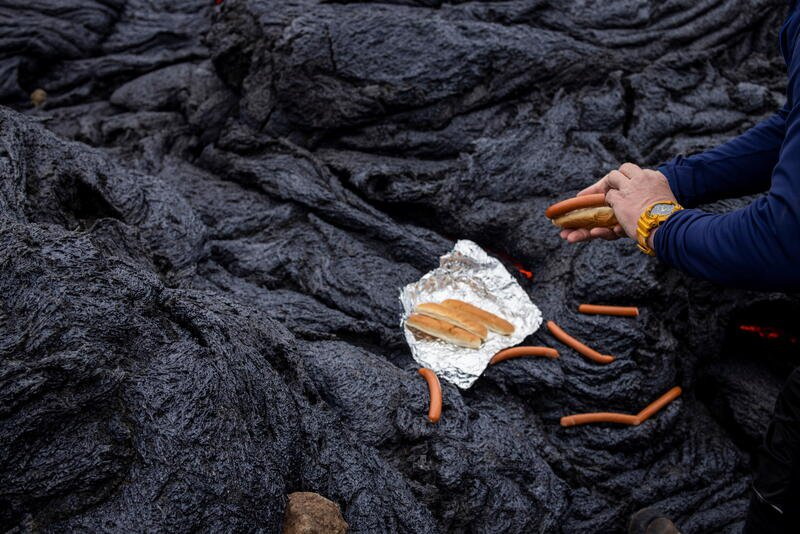 Hot dogs lava