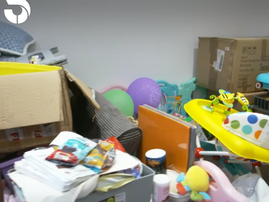 HEALTH HAZARD: Mum 'stuck' in a mess!