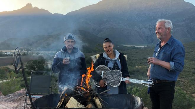 A Karoo cowboy, a rock star and a guitar-shaped braai grid