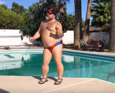 Guy dancing in a speedo is going viral for all the right for Pool guy show