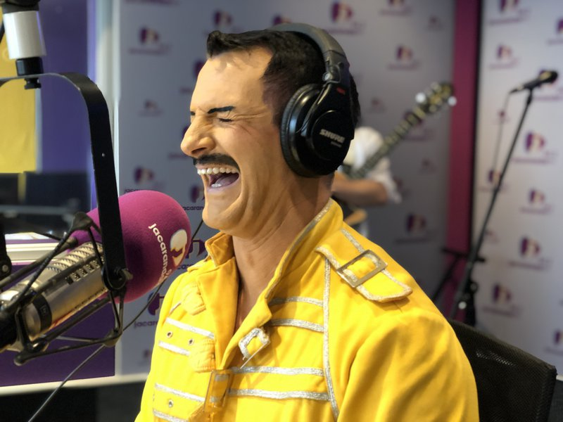 Queen tribute show/Breakfast with Martin Bester