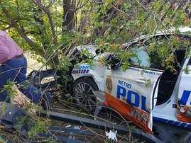 JMPD tree accident