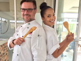 Liesl Laurie eating healthy image