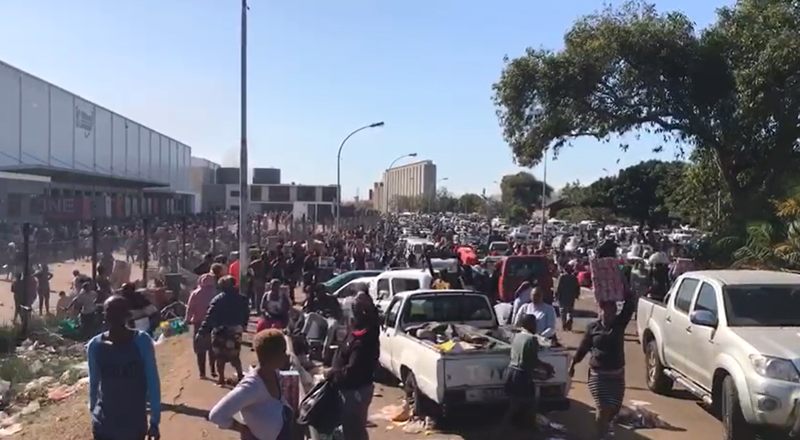Looters pounce on Bidvest warehouse in Durban