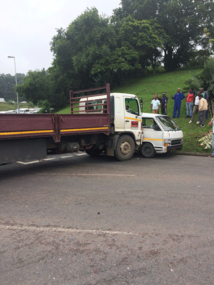 WATCH: Traffic delays in major truck accident on Field's Hill