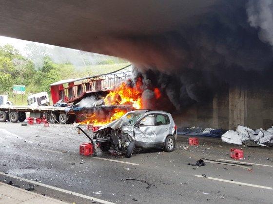M7 crash underneath N2 bridge