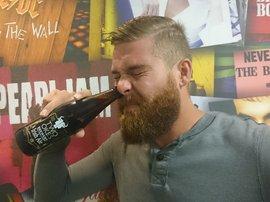 MalJan drinks beer through nose