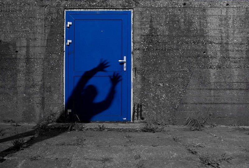 & How to stop that damn door from creaking!