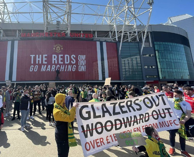 Manchester United Super League protest