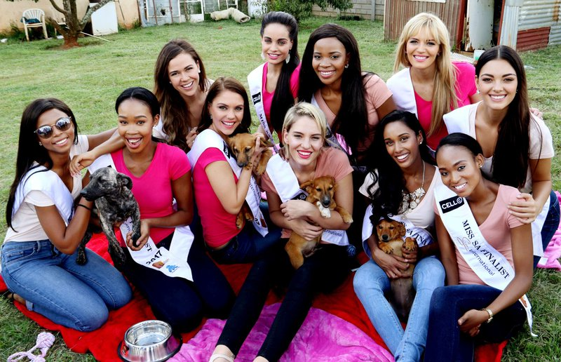Miss_SA_2017_finalists._Pic_by_Yolanda_van_der_Stoep.jpg