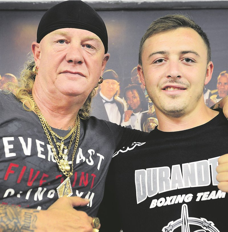 Tributes pour in for boxing legend Nick Durandt