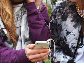 Online sexual predators target social media groups