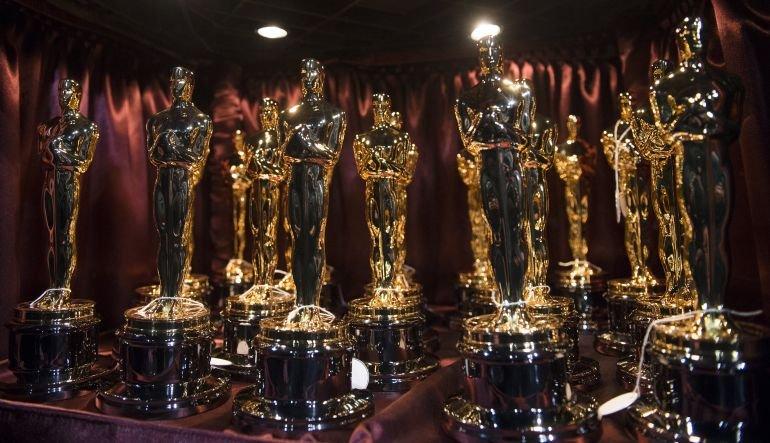 Oscar Statuettes Oscars Academy Awards
