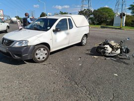 Motorcyclist seriously injured in Pinetown crash