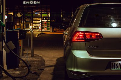 Petrol price set to reduce in the new month width 400.