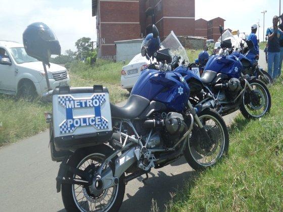 Heavy police presence at the Glebelands hostel during Thuli Madonsela's visit